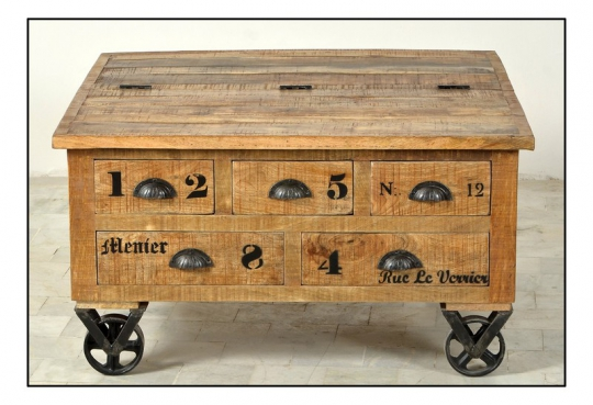 Vintage Retro Couchtisch Truhe auf Rollen 90x47x90cm Massiv